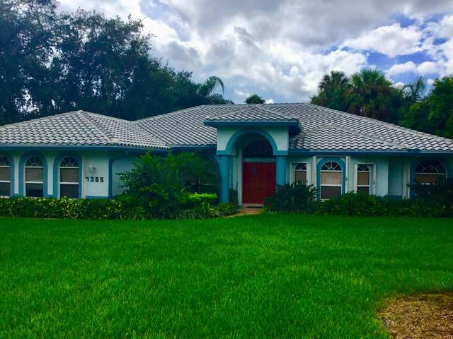 7305 NE Elyse Circle, Fort Pierce, FL 34952 (MLS #RX-10662500) :: Berkshire Hathaway HomeServices EWM Realty