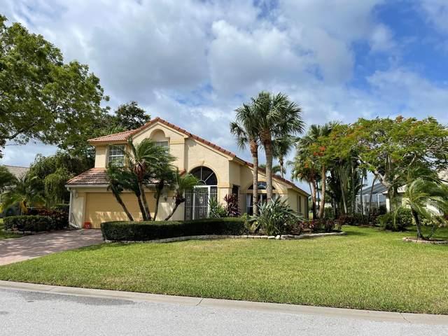 907 SE Westminster Place, Stuart, FL 34997 (#RX-10668359) :: Michael Kaufman Real Estate