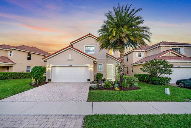 7727 SE Heritage Boulevard, Hobe Sound, FL 33455 (MLS #RX-10670490) :: THE BANNON GROUP at RE/MAX CONSULTANTS REALTY I