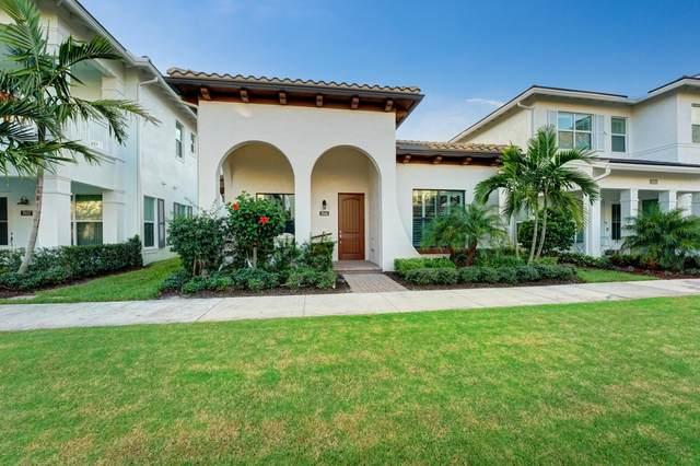 7041 Edison Place, Palm Beach Gardens, FL 33418 (MLS #RX-10670971) :: Laurie Finkelstein Reader Team