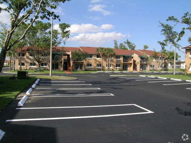 1174 Lake Terry, West Palm Beach, FL 33411 (#RX-10671783) :: The Rizzuto Woodman Team