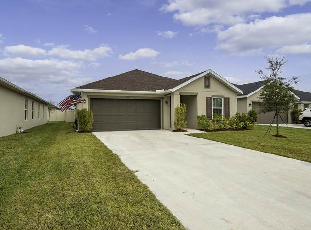 5950 NW Pine Trail Circle, Port Saint Lucie, FL 34983 (MLS #RX-10674925) :: THE BANNON GROUP at RE/MAX CONSULTANTS REALTY I