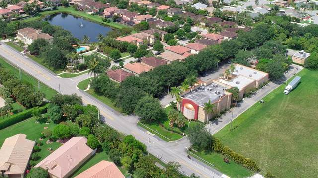 10713 Lake Wynds Court, Boynton Beach, FL 33437 (MLS #RX-10676435) :: Miami Villa Group