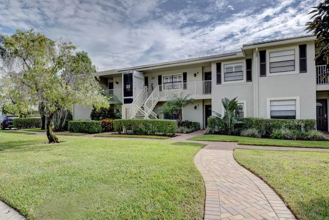 23 Stratford Drive E C, Boynton Beach, FL 33436 (#RX-10677089) :: The Rizzuto Woodman Team