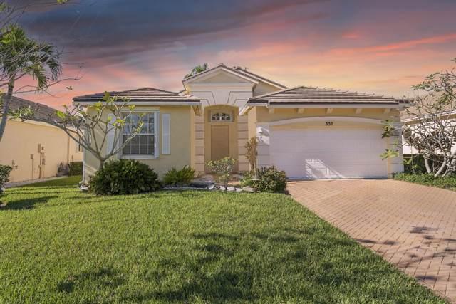 332 SW Lake Forest Way, Port Saint Lucie, FL 34986 (MLS #RX-10677554) :: Miami Villa Group