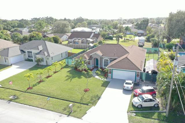 2497 SW Falcon Circle, Port Saint Lucie, FL 34953 (MLS #RX-10679790) :: Miami Villa Group