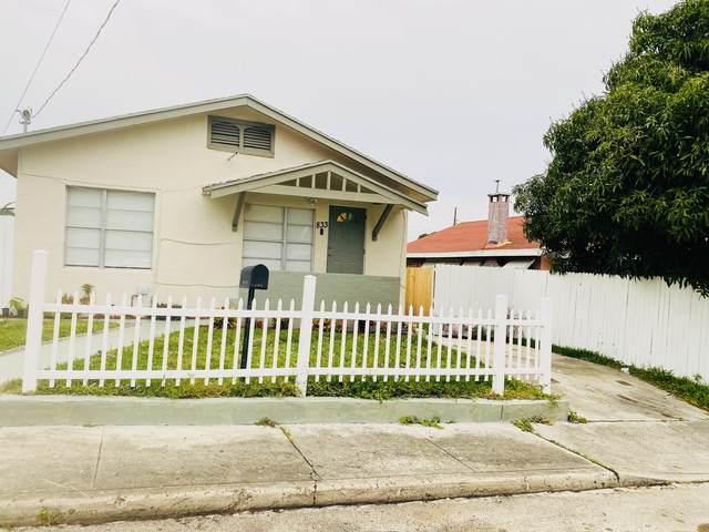 833 Briggs Street, West Palm Beach, FL 33405 (MLS #RX-10684500) :: Castelli Real Estate Services