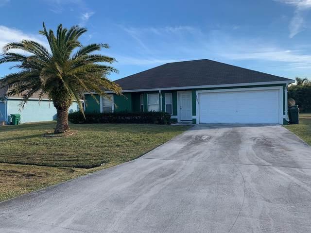 356 SW Duxbury Avenue, Port Saint Lucie, FL 34983 (MLS #RX-10685634) :: Laurie Finkelstein Reader Team