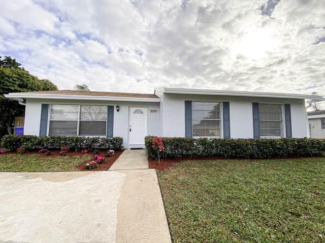 824 Croton Drive, Royal Palm Beach, FL 33411 (MLS #RX-10685708) :: Berkshire Hathaway HomeServices EWM Realty