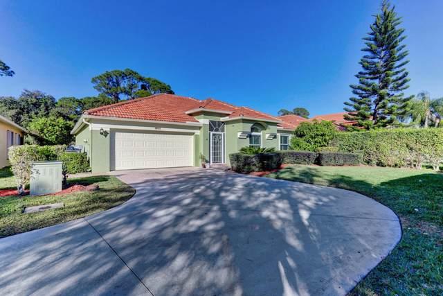 3023 Casa Rio Court, Palm Beach Gardens, FL 33418 (MLS #RX-10686613) :: Castelli Real Estate Services