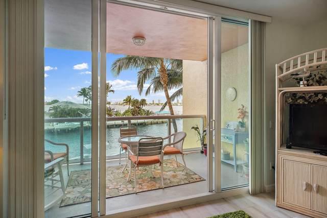2650 Lake Shore Drive #202, Riviera Beach, FL 33404 (#RX-10686970) :: Signature International Real Estate