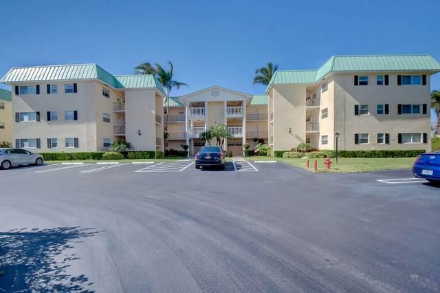 15 Colonial Club Drive #203, Boynton Beach, FL 33435 (#RX-10687751) :: Signature International Real Estate
