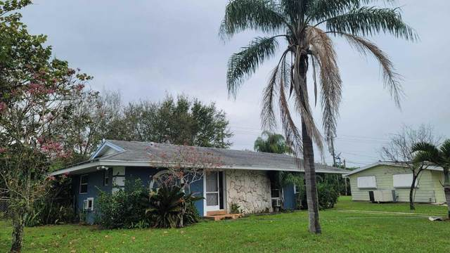 500 SW Airoso Boulevard, Port Saint Lucie, FL 34983 (MLS #RX-10687784) :: United Realty Group