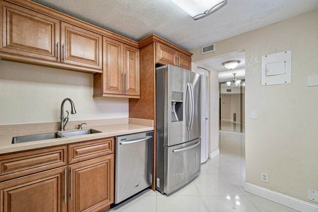 4050 NW 42nd Avenue #117, Lauderdale Lakes, FL 33319 (#RX-10694409) :: The Rizzuto Woodman Team