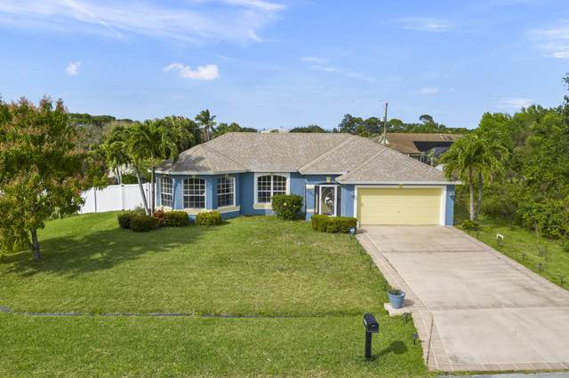 2443 SE Tracy Avenue, Port Saint Lucie, FL 34952 (#RX-10695615) :: Real Treasure Coast