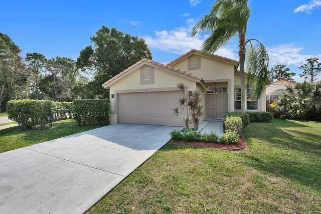 621 Lake Wellington Drive, Wellington, FL 33414 (MLS #RX-10696074) :: Castelli Real Estate Services