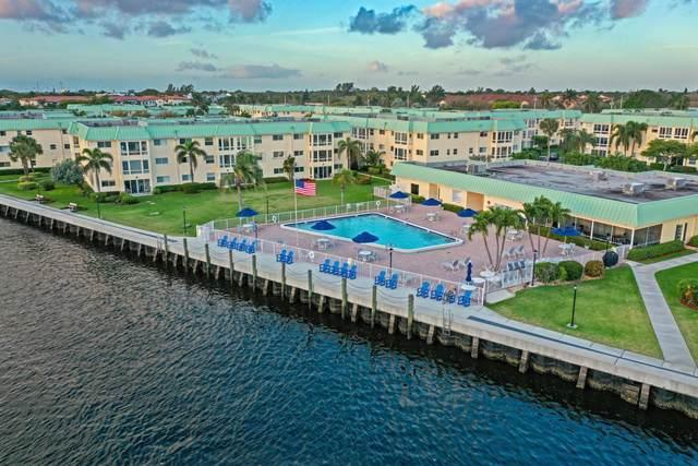 17 Colonial Club Drive #305, Boynton Beach, FL 33435 (MLS #RX-10696488) :: Laurie Finkelstein Reader Team