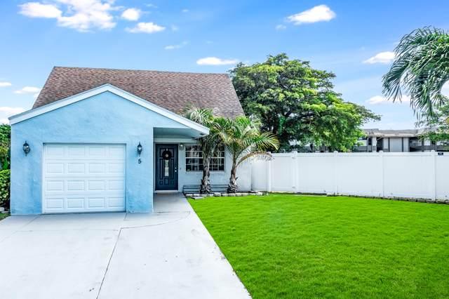 5 Whitehall Way, Boynton Beach, FL 33436 (MLS #RX-10698129) :: The Jack Coden Group