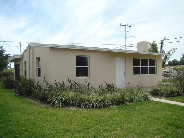 568 Aspen Road, West Palm Beach, FL 33409 (MLS #RX-10703337) :: The Jack Coden Group