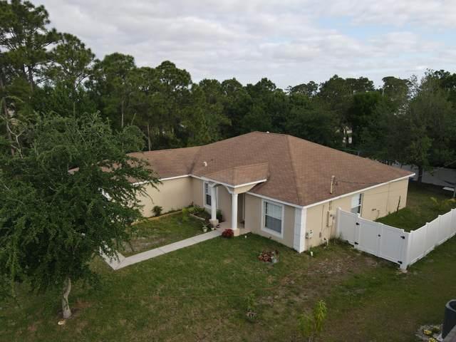 1373 SW Prairie Circle, Port Saint Lucie, FL 34953 (MLS #RX-10703560) :: The Paiz Group