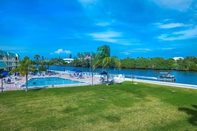 6 Colonial Club Drive #202, Boynton Beach, FL 33435 (#RX-10703607) :: Ryan Jennings Group