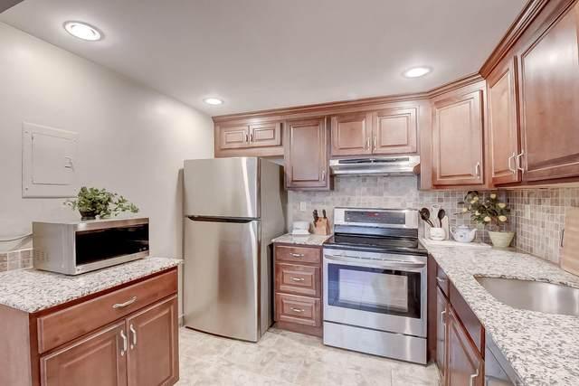 394 Capri I, Delray Beach, FL 33484 (#RX-10705120) :: Signature International Real Estate