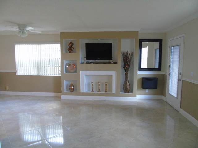 839 Flanders R, Delray Beach, FL 33484 (#RX-10707321) :: Signature International Real Estate