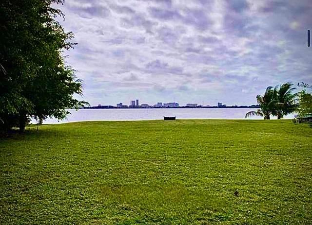 3800 N Shore Drive, West Palm Beach, FL 33407 (#RX-10711874) :: DO Homes Group