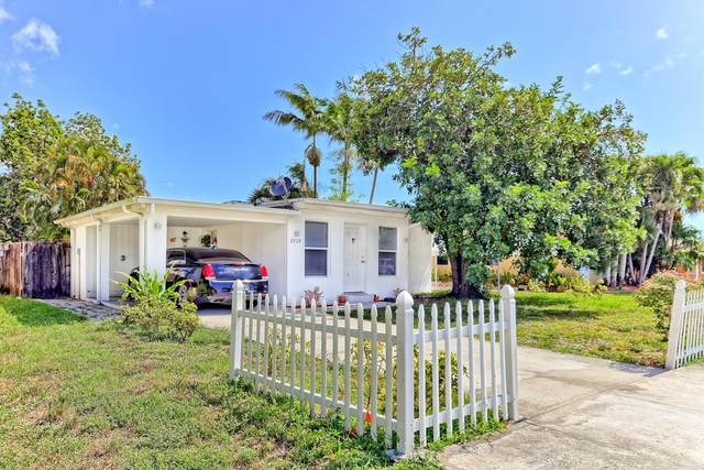 2539 Coolidge Street, Hollywood, FL 33020 (#RX-10711962) :: Michael Kaufman Real Estate
