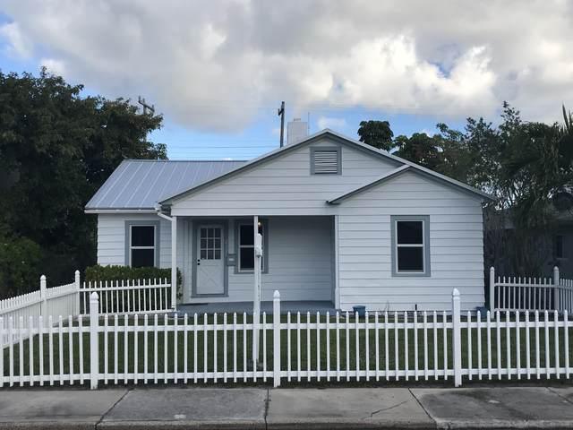 217 Malverne Road, West Palm Beach, FL 33405 (MLS #RX-10714276) :: The Paiz Group