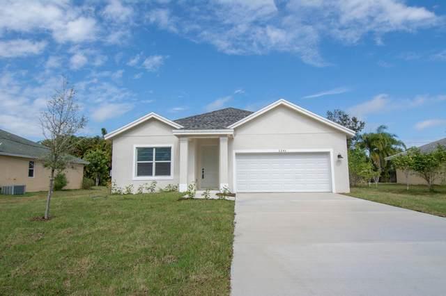 6905 Santa Clara Boulevard, Fort Pierce, FL 34951 (#RX-10715187) :: Michael Kaufman Real Estate