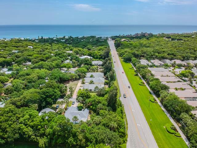 9305 Frangipani Drive, Vero Beach, FL 32963 (#RX-10715205) :: Treasure Property Group