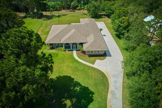 10641 Pine Cone Lane, Fort Pierce, FL 34945 (#RX-10716227) :: Michael Kaufman Real Estate