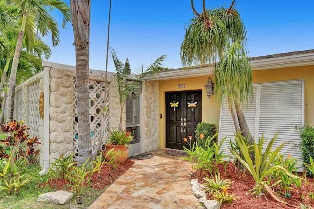 902 SW 27th Way, Boynton Beach, FL 33435 (#RX-10716228) :: Michael Kaufman Real Estate