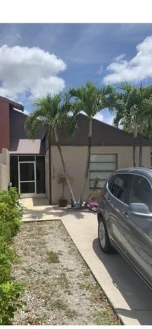 1218 The Twelfth Fairway, Wellington, FL 33414 (#RX-10716921) :: Michael Kaufman Real Estate
