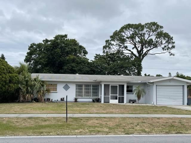 310 Riomar Drive, Fort Pierce, FL 34952 (#RX-10716987) :: Michael Kaufman Real Estate