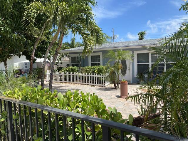 920 NE 24th Street NE, Pompano Beach, FL 33064 (#RX-10718297) :: Michael Kaufman Real Estate
