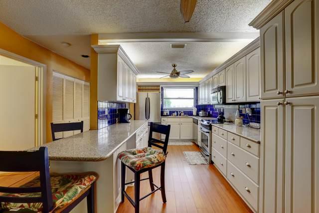 1230 SE Parkview Place D9, Stuart, FL 34994 (#RX-10718341) :: The Reynolds Team   Compass