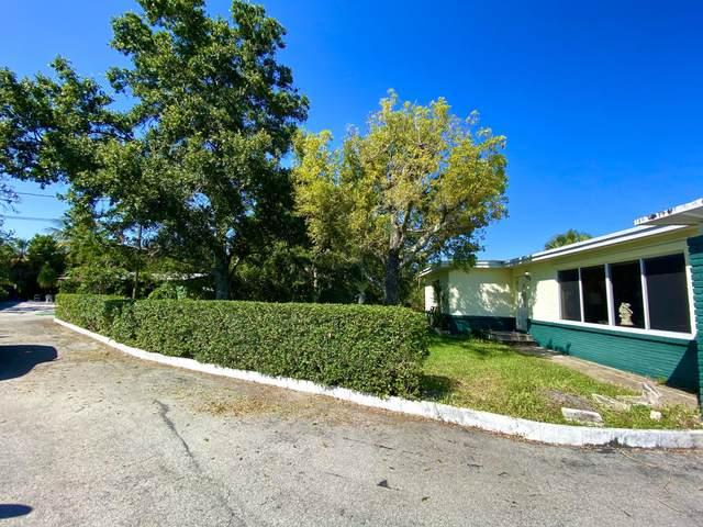 1376 Willow Road, West Palm Beach, FL 33406 (#RX-10718502) :: Michael Kaufman Real Estate