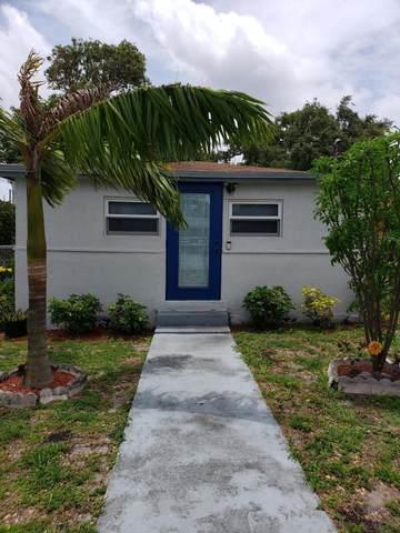 601 SW 1 Street, Dania Beach, FL 33004 (#RX-10719102) :: Michael Kaufman Real Estate