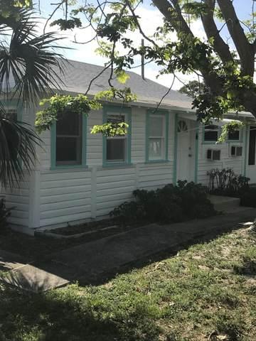 4649 SE May Avenue, Stuart, FL 34997 (#RX-10719103) :: Michael Kaufman Real Estate