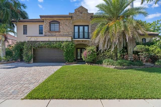 10573 Versailles Boulevard, Wellington, FL 33449 (#RX-10719113) :: Michael Kaufman Real Estate
