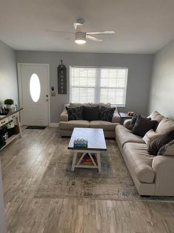 2738 Flamango Lake Drive, West Palm Beach, FL 33406 (#RX-10719888) :: Michael Kaufman Real Estate