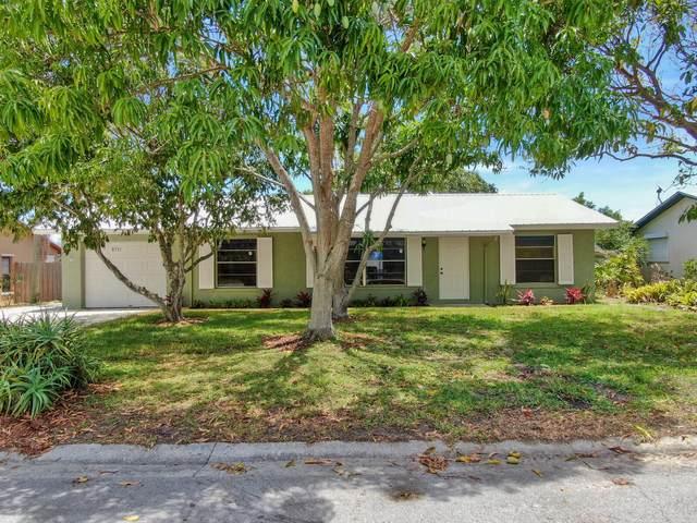 8751 SE Eagle Avenue, Hobe Sound, FL 33455 (#RX-10720191) :: Michael Kaufman Real Estate