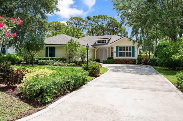1024 Carolina Circle SW, Vero Beach, FL 32962 (#RX-10720907) :: Michael Kaufman Real Estate
