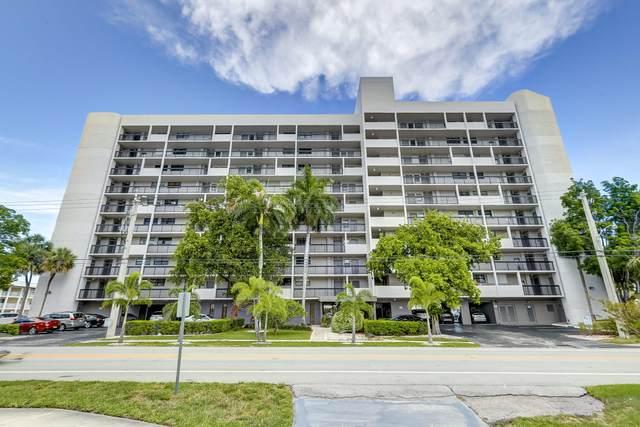4800 Bayview Drive #402, Fort Lauderdale, FL 33308 (MLS #RX-10721107) :: The Paiz Group