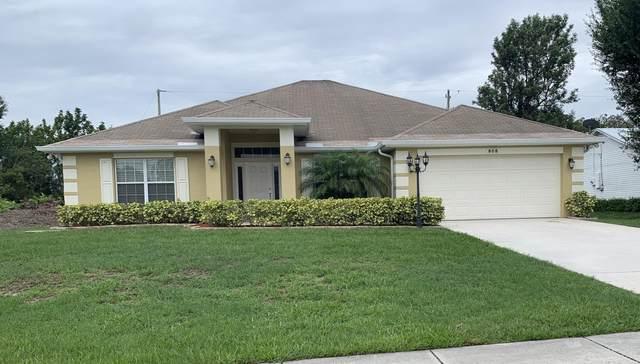808 SW Tulip Boulevard, Port Saint Lucie, FL 34953 (#RX-10725237) :: Michael Kaufman Real Estate