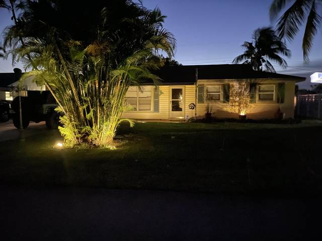 18996 SE Fearnley Drive, Tequesta, FL 33469 (#RX-10729084) :: The Reynolds Team   Compass