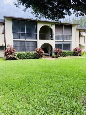 5949 La Pinata Boulevard B1, Greenacres, FL 33463 (#RX-10733480) :: Treasure Property Group