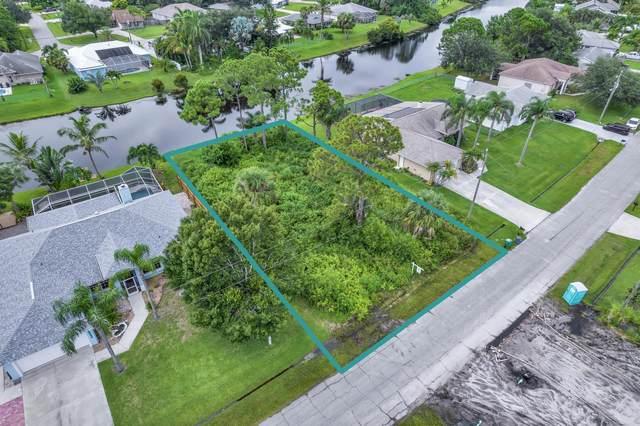 2532 SE Marius Street, Port Saint Lucie, FL 34952 (MLS #RX-10738687) :: Castelli Real Estate Services